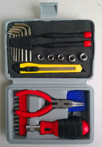 28PCS Promotional Gift Tool Kit (FY1028B2) pictures & photos