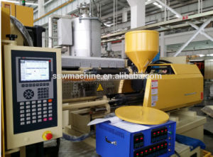 High Production Pet Bottle Preform Injection Molding Machine pictures & photos