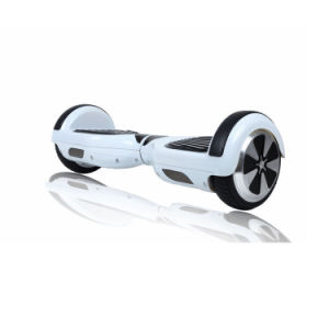 Factory Competitive Price Two Wheels Electric Standing Mini Scooter pictures & photos