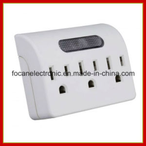 3 Outlets Current Tap with Sensor Night Light pictures & photos
