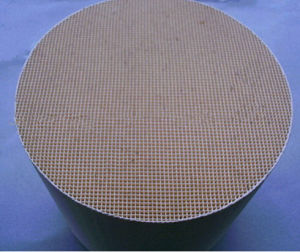Euro IV Honeycomb Ceramic Substrate Catalyst Substrate pictures & photos