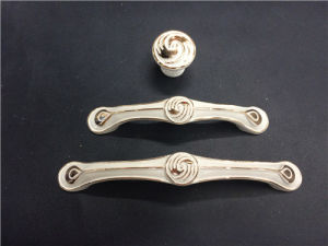 Zinc Alloy Furniture Cabinet Handle (YB8129) pictures & photos