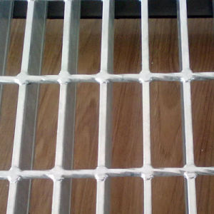 Serrated Shape Stainless Steel Galvanized Steel Grating pictures & photos
