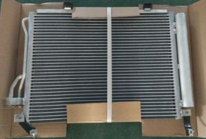 Car Air Conditioning Condenser for Hyundai (97606-OX000) pictures & photos