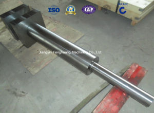 Step Shaft Forging with Square End Forged Shaft pictures & photos
