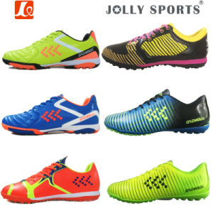 Athletic Functional Soccer Football Shoes with Nails for Men pictures & photos