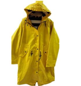 Yellow Solid Hooded PU Reflective Raincoat for Women pictures & photos
