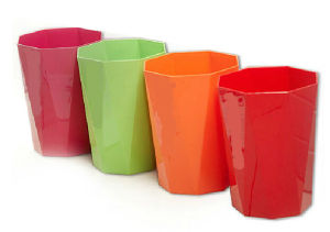 8L Home Use High Quality Colorful Plastic Waste Bin pictures & photos