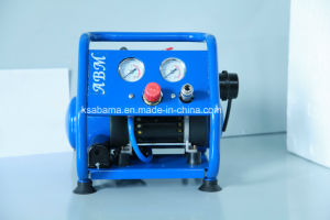 Tat-0204hn Hand Carry Oil Free Silent Air Compressor (0.75HP 4L) pictures & photos