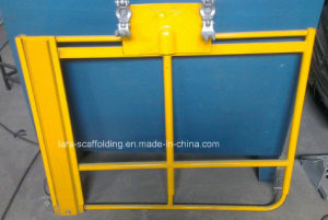 Powder Coated Adjustable Swing Gate for Scaffolding pictures & photos