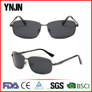High End Polarized Square Sunglasses with Your Logo (YJ-F8475) pictures & photos