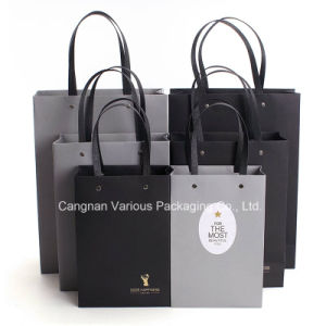 High Quality Paper Bag for Clothes Packaging pictures & photos