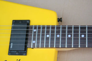 Hanhai Music/Blue and Yellow Steinberger Spirit Electric Guitar Without Headstock pictures & photos