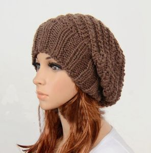 Women′s Brown Slouchy Knit Hat pictures & photos
