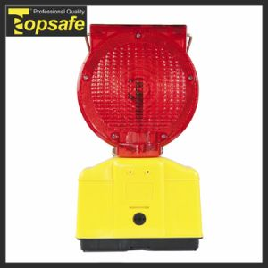Flashing 2PCS Super Bright LED Yellow Solar Flashing Warning Light pictures & photos