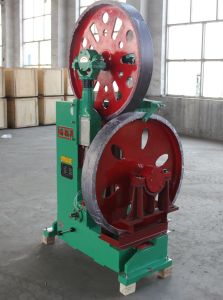 Mj329 36′′ Vertical Band Sawmill Woodworking Machinery Sale in Thailand pictures & photos