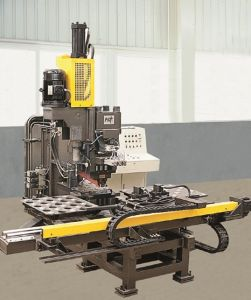 CNC Hydraulic Punching Machine for Plates pictures & photos