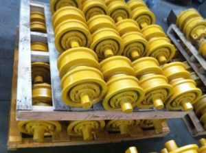CAT D6H Track Bottom Roller (7T4107) pictures & photos