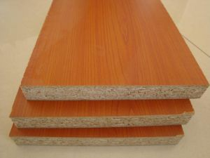 Melamine Laminated Board/Chip Board/Particle Board pictures & photos