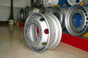 Truck Steel Wheel Tubeless  (22.5*7.5) pictures & photos