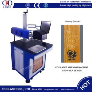 Plastic Button Carbon Box IC Card CO2 Laser Marking Machine pictures & photos