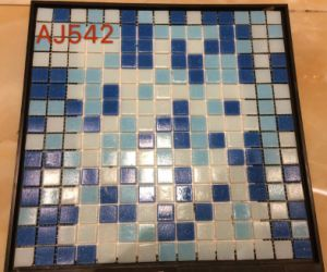 318X300mm Glass Mosaic in Foshan (AJ542) pictures & photos