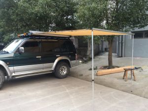 High Quality Camping Car Side Awning pictures & photos