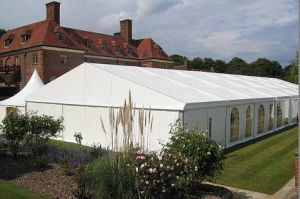 800 People Large Aluminum Marquee Wedding Tent pictures & photos