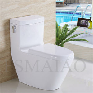 Hot Sale Sanitary Wares Bathroom Ceramic Siphonic Water Closet (8108) pictures & photos