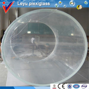High Transparency Cylindrical Acrylic Aquariums pictures & photos