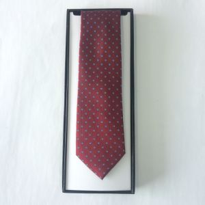 Men′s Fashion Red Square Design Woven Silk Neckties pictures & photos