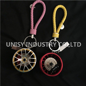 Fashion Wheel Rim Keychain Key Ring, Good Quality Customized Made Car Parts Key Chain Manufacturer