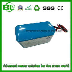Portable Server Rechargeable Li-ion Battery 12V 15ah BMS Protection pictures & photos