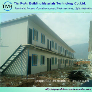 Low Cost Prefabircated Sandwich Panel Steel Framing Building pictures & photos
