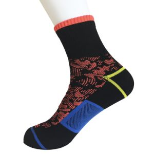 Half Cushion Poly Fashion Quarter Camouflage Socks (JMPQ04) pictures & photos