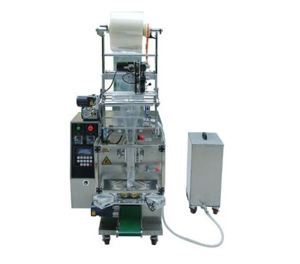 Vertical Triangle Pouch Liquid Packing Machine (DXD120T) pictures & photos