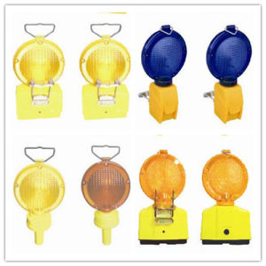 Solar Warning Flashing Traffic Signal Light for Road Safety pictures & photos