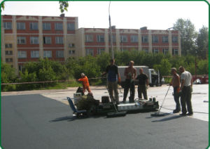 Paver Machine for Synthetic Running Track pictures & photos