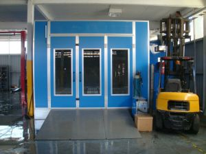 Car Spray Booth / Paint Booth for Australia Market pictures & photos