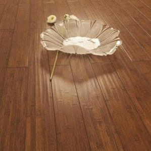 Carbonized Horizontal Solid Bamboo Flooring Handscraped UV Lacquer Smooth pictures & photos