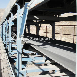 Long Distance Belt Conveyors/ Bend Belt Conveyor/ Curved Belt Coneyor with Rain Cover pictures & photos