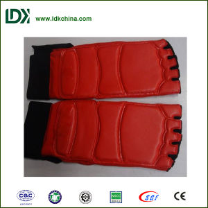 Martial Arts Taekwondo Pad Taekwondo Competiton Glove pictures & photos