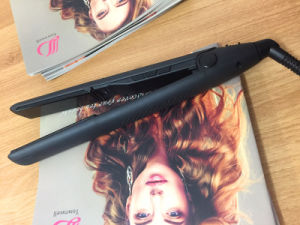 New Hair Straightener with LCD Display and Lock Key Factory Wholesale pictures & photos