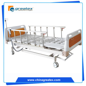 5 Function Electric Medical Bed with Foldable 6-Rank Aluminium Handrails pictures & photos