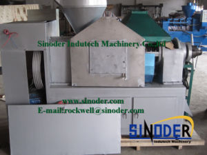 Oil Expeller for Pressing Soybean, Sunflower Seed, Sesame, Peanut pictures & photos