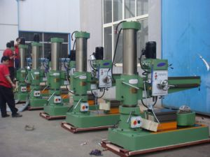 Made in China Z3050 Radial Drilling Machine Price pictures & photos