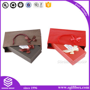 New Design Custom Shiny Paper Gift Box for Packaging pictures & photos