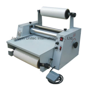 Popular Designed Steel Rollers Thermal Roll Laminator/One Sided Laminator EL-380 pictures & photos