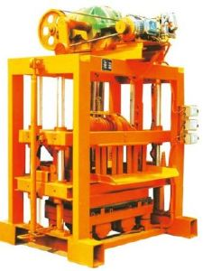 Easy Operate Manual Qtj4-40II Interlocking Block Making Machine pictures & photos