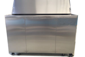 Large Tank Ultrasonic Cleaner Ultrasonic Cleaner with Oil Skimmer Bk-12000e pictures & photos